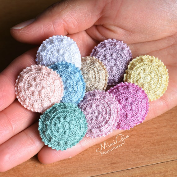 Miniature Pastel Round Candy-Colored Christmas Ornaments//5 DOLLHOUSE 1:12