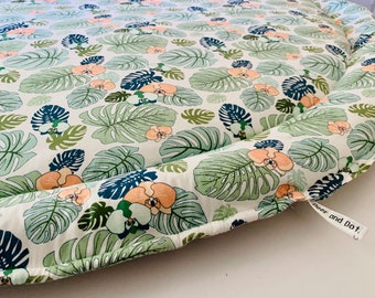 READY To SHIP! Extra Large MONSTERA Play Mat, Rug, Nursery Play Mat, Padded Playmat, Roundie, Baby Gift, Leaf Print, Nature Themed Baby Room