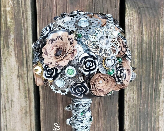 Steampunk Bridal Bouquet, Metal, Cog, Mechanic, Machine, Wire, Cog, Chain, Welding, Rustic, Vintage, Industrial, Cosplay, Wedding