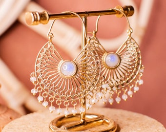 Pair of brass and moonstone earrings - bohemian and hippie jewelry - fine gold curls - jewels festivals boho