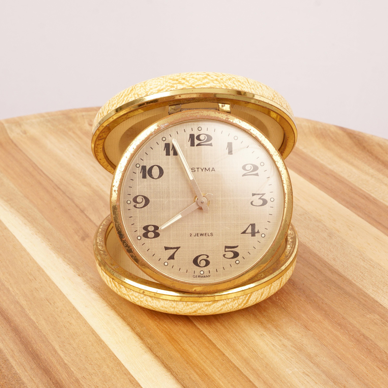 Shell Wind Up Travel Alarm Clock Vintage Estyma 2 Jewels Etsy