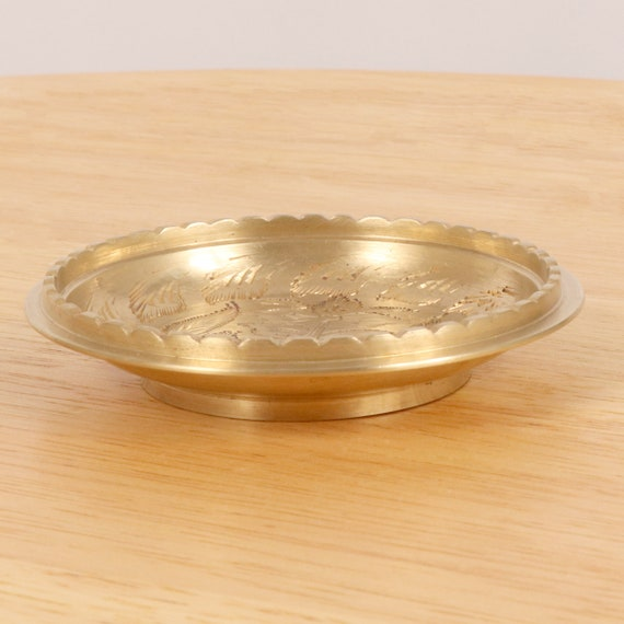 Made in India 966J Handmade engraved floral pattern Vintage Solid brass 9 cm Dish  tray  plate  bowl