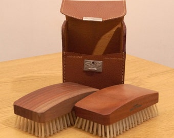 Grooming Set - 2 brushes in a leather case    vintage small travel kit    made in England    pigskin split case