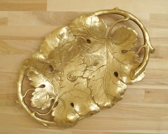 Leaf design plate / fruit bowl / dish / tray / candy dish / sweet tray || Solid brass vintage