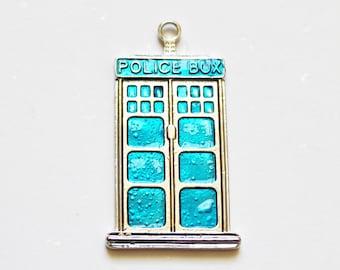 1 x blue Police Box enamel charm