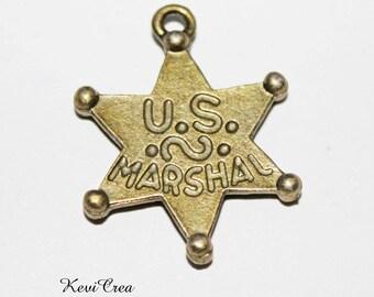 2 x charms bronze US Marshal metal star