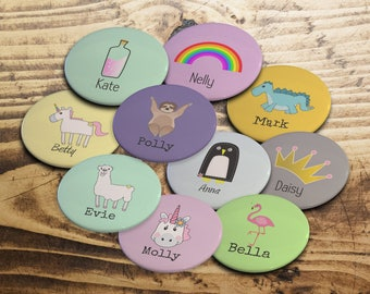 Custom badges, Personalised childrens badges, kids party badges, Childrens party favours, party bag fillers, Wedding badges, Birthday badges