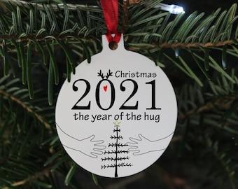 2021 Christmas bauble, Christmas 2021 The year of the hug, 2021 Christmas bauble gift, hug Christmas ornament, 2021 bauble gift