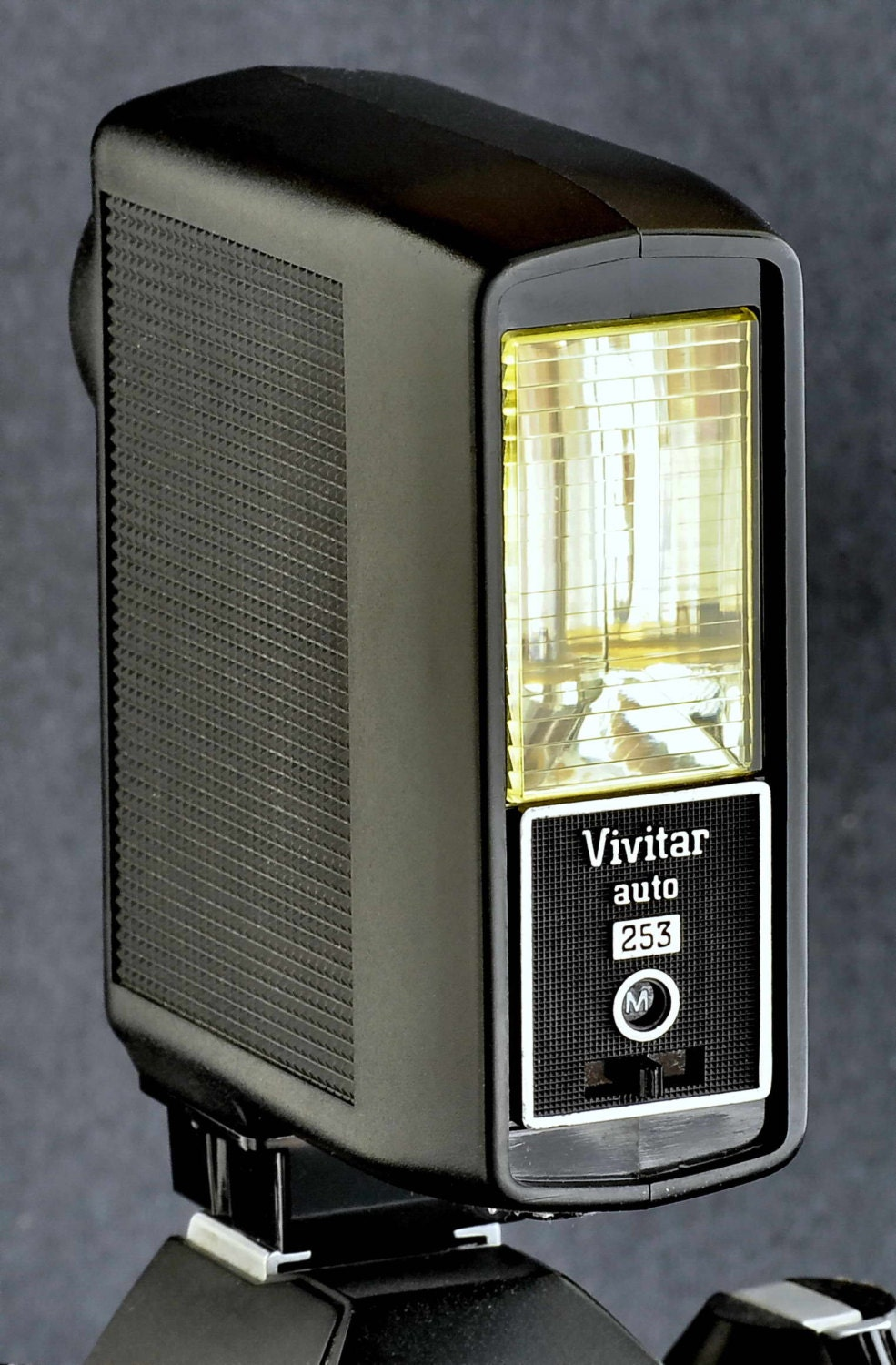 vivitar auto 253 electronic flash works great. Black Bedroom Furniture Sets. Home Design Ideas