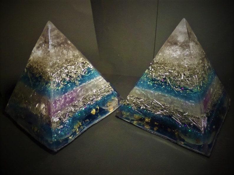 Calming Throat chakra Frequency healing with Lapis Lazuli, kyanite & Gold ~  Orgone Energy ~ Pyramid Generator