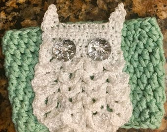 Owl cup cozy, tea cozy, white owls, glam, dainty, cup cozy, character drink cozy, gifts for her, owls, crochet cozy, crochet owl
