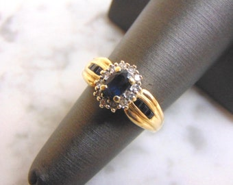 7695ef8d71e889 Womens Vintage Estate 14k Yellow Gold Ring w/ Sapphire & Diamonds 5.8g  #E3626