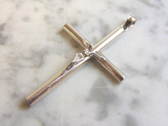"0.22Ct Natural Diamond 10k Solid White Gold Religious Cross Pendant 0.9/"""