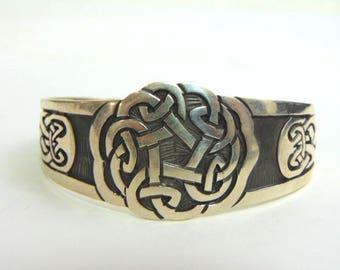 Estate Sterling Silver Eternity Knot Celtic Cuff Bracelet 29.4g E3491
