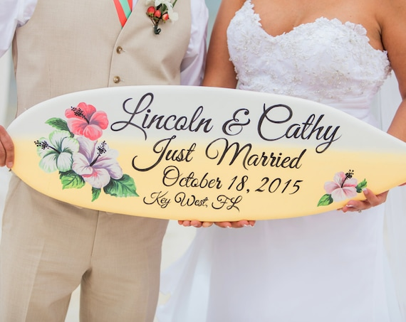 Hibiscus Just Married wedding sign. Surfboard tropical decor. Gift for couple. Surfboard Wood Sign