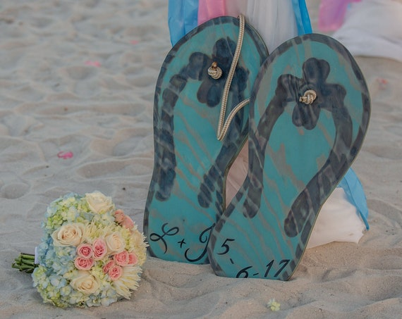 Large Wedding Guest book alternative Flip flop wood sign. Wedding gift for couple. Beach wedding decor.