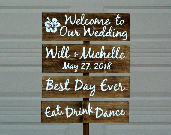 Rustic wedding decor. Welcome wedding sign personalized.