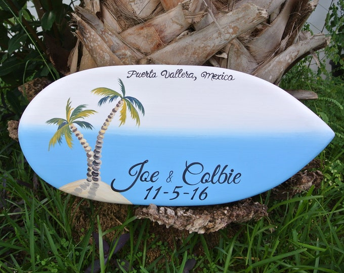 Valentines Day Gift Wedding guest book wood sign surfboard. Beach wedding decor. TRAVEL SIZE. Tropical wedding gift for couple