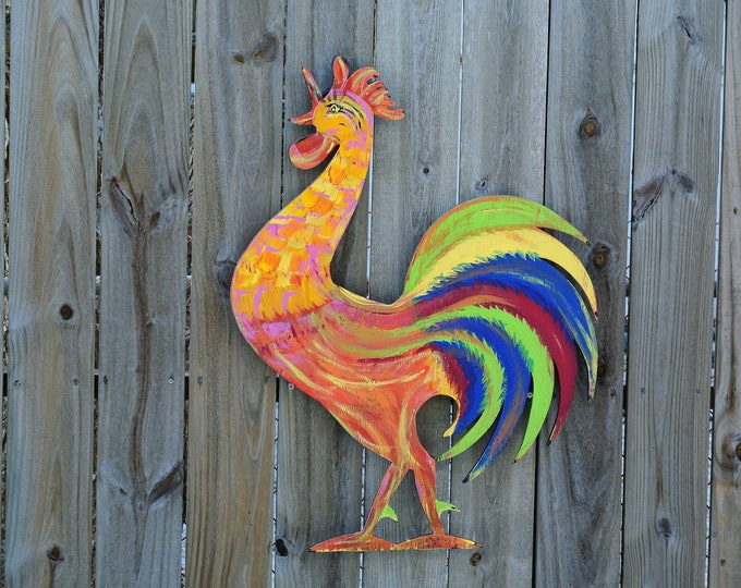 Wood Rooster Wall Art Farmhouse decor.  Gift for family. Patio Wall decoration