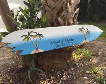 Surfboard wedding guest book alternative wood sign. Personalized Gift for Couple. Palm tree wedding decor