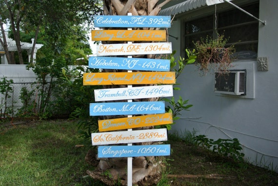 Family sign, Wood Directional Sign Family House Decor, Destination Yard Sign, Garden Sign Post gift for parents, Wood yard decor