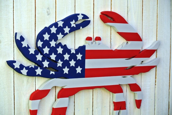 US Flag wood Crab wall art decor. Wooden crab for pool deck, Home bar.