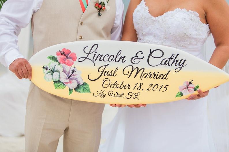 Just Married Sign for couple Hawaiian Wedding Sign Surfboard Wood Sign. Beach Wedding Decor Gift Idea