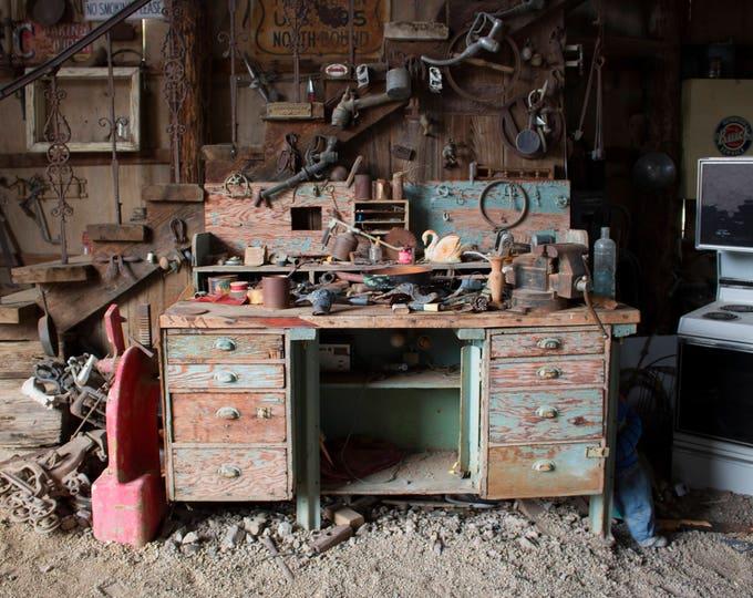 Urbex desk