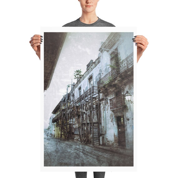 Houses in Havana UrbexPhoto paper poster