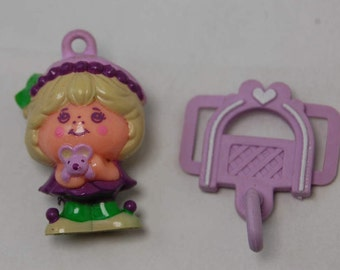"""Vintage Charmkins """"Mollyberry"""" with Shoelace Clip, Hasbro 1983"""