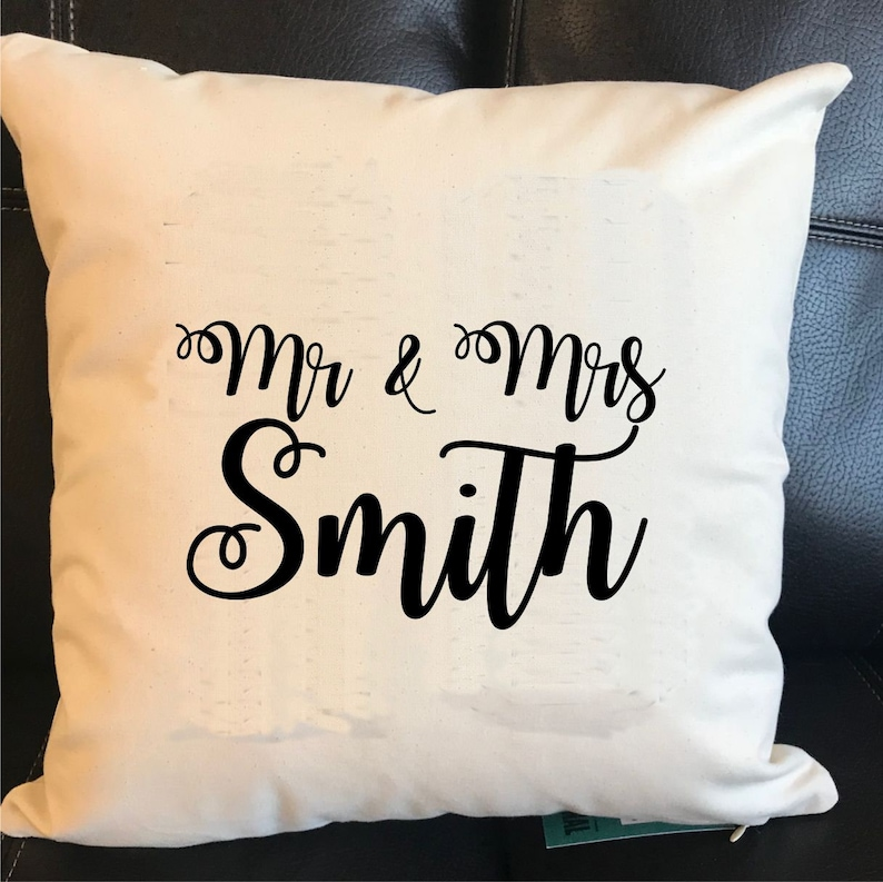 MR /& MRS WEDDING GIFT CUSHIONS THE BOSS /& THE REAL BOSS PERSONALISED COVERS