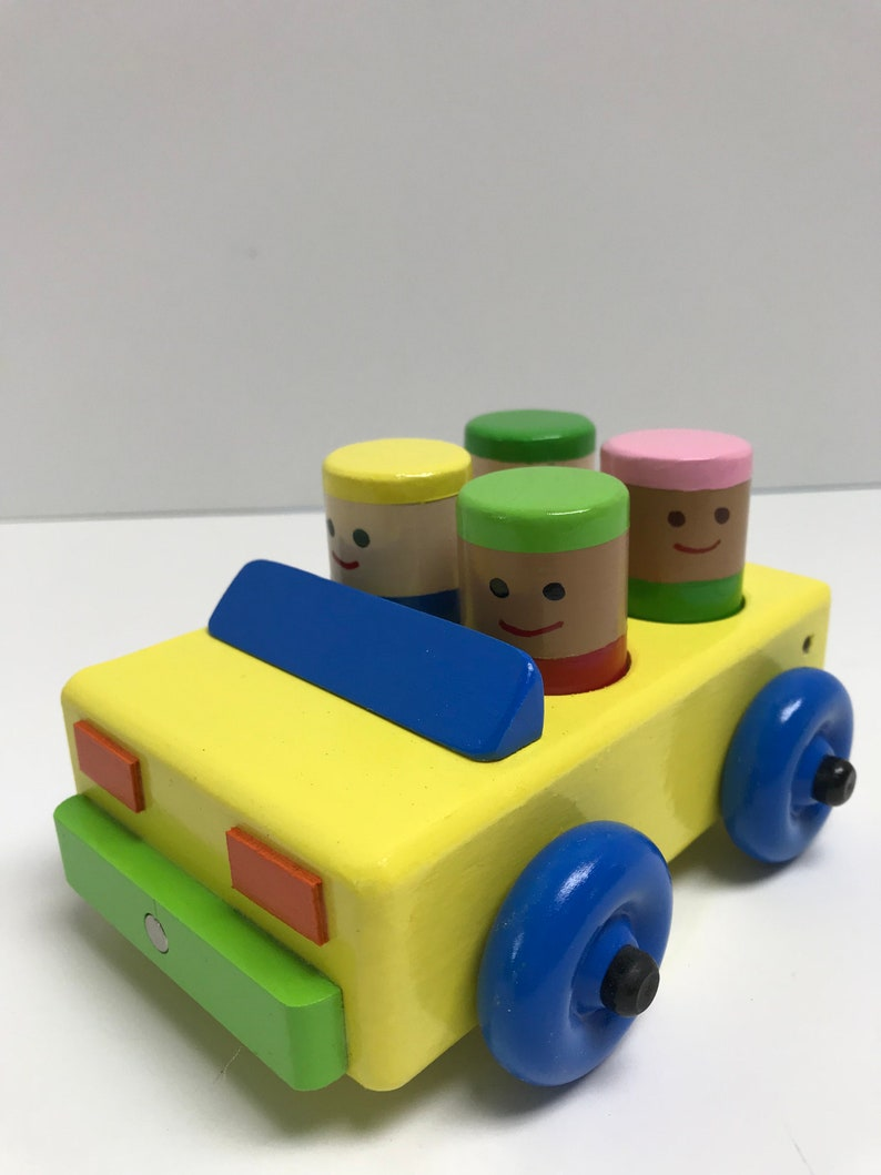 Wooden Toy Car with 4 people