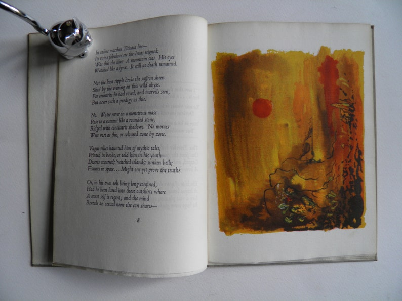 The Traveller by Walter de la Mare Illustrated by John Piper image 0
