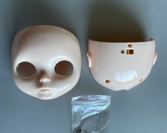 Factory Blythe faceplate and back plate for customizing