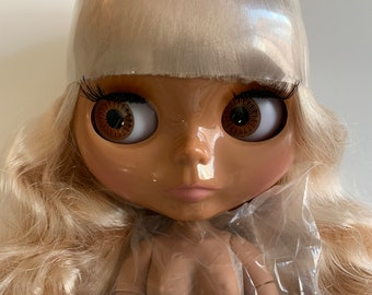 Blythe Doll Factory tan skin blonde hair Jointed Body Hands Parts for customizing