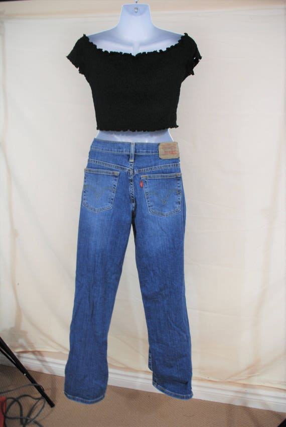 VTG Levis High Waisted Straight Leg Jeans | Size 2