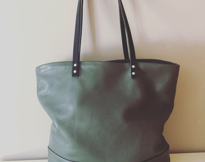 Market Tote; Beach Bag; Handmade green Leather Tote