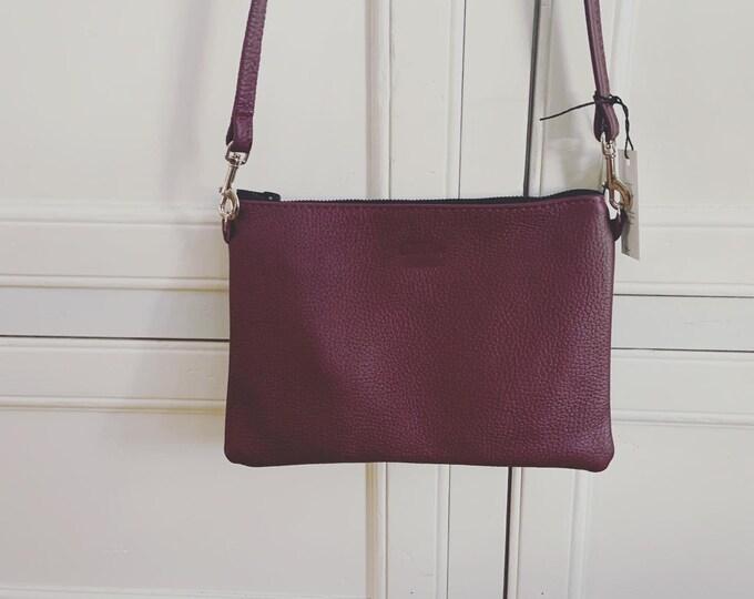 Leather Zipper Crossbody / leather purse