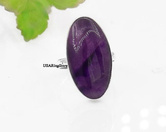 Chevron long amethyst ring drop shaped : stone of wisdom and humility introspection size US 8