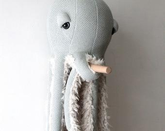 Big GrandMa Octopus