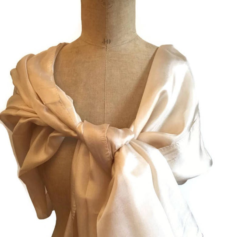 Étole  champagne or pour femme  étole longue en soie couleur image 0