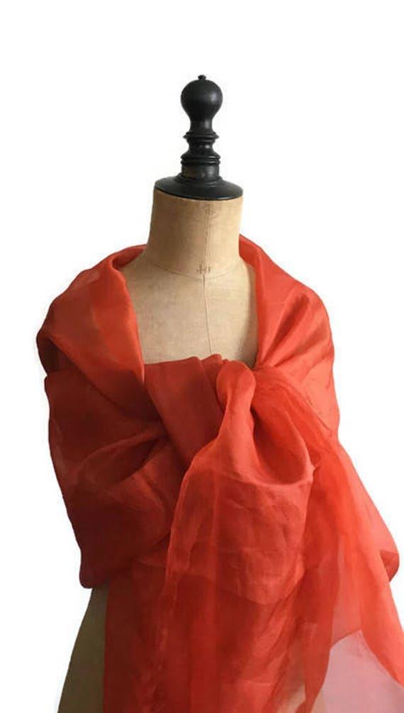 Etole orange organza de soie corail femme ou étole fille   Etsy 7ab9b28da6e