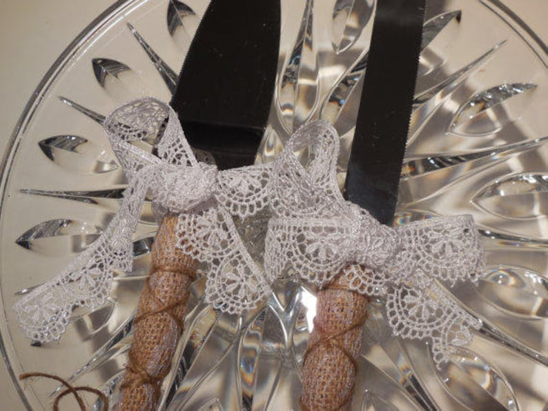 Cutting Set Rustic Ivory or White Venetian Lace Wedding Cake Server and Knife Burlap and Lace