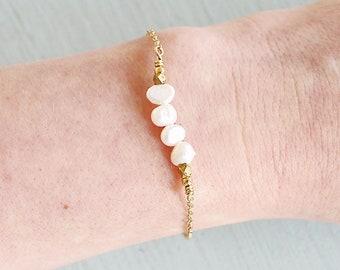 White pearl bead bracelet - Freshwater pearl flat baroque beaded bar bracelet - June birthstone bracelet - Genuine freshwater pearl bracelet