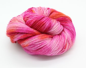 Hand Dyed 4ply Sock Yarn - Corriedale & Mohair - Stargazer Lily
