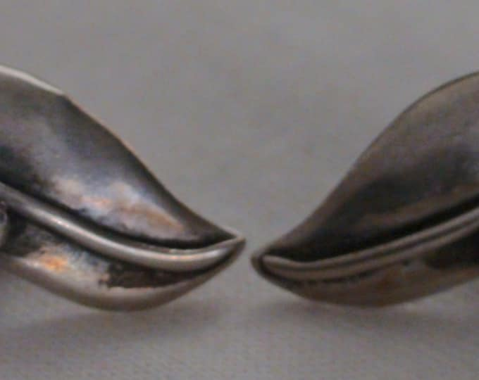Antique Taxco Mexico Sterling Silver Grape Cluster Screw Back Earrings