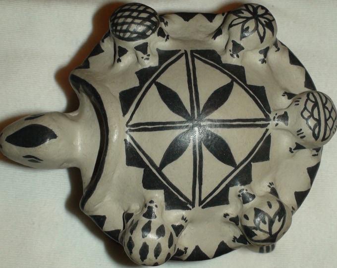 Native American Cochiti Pueblo Polychrome Pottery Storyteller Turtle Martha Arquero