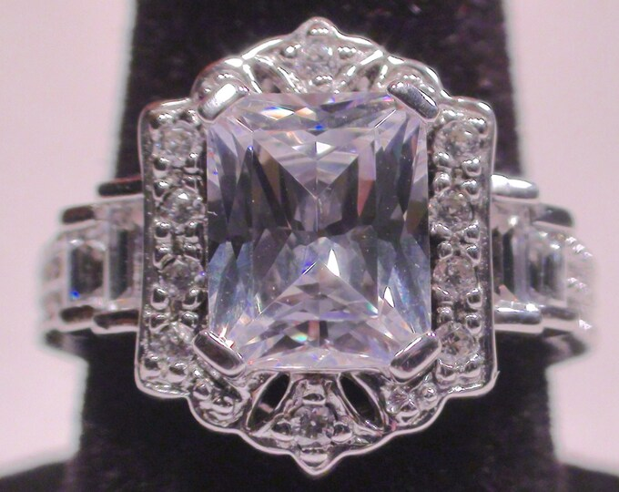 Sterling Silver Cubic Zirconia Radiant Cut Fashion Ring Size 6 1/4