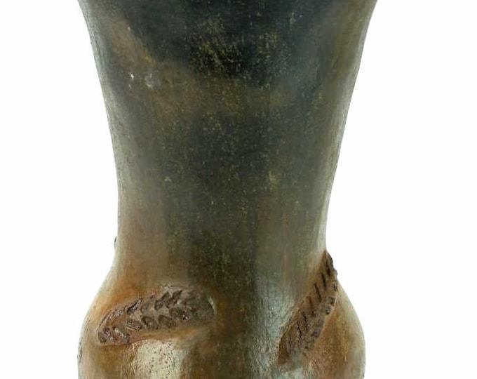 Native American Navajo Pine Resin Glazed Pottery Wheat Vase 9 x 5 Inches