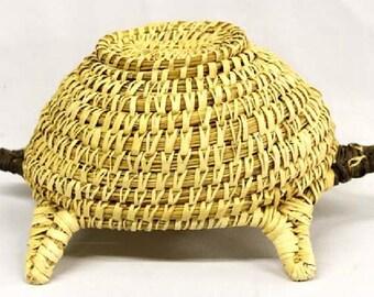Native American Papago Tohono O'odham Turtle Lidded Basket 7 X 11 Inch